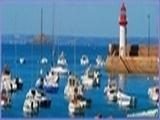 """<font color=""""blue""""><font size=""""+1""""> Erquy, port, phare et bateaux</font></font>"""
