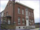 """<font color=""""blue""""><font size=""""+1""""> ancienne maison communale à Houtain Saint-Siméon</font></font>"""