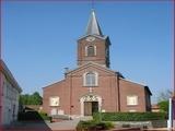 """<font color=""""blue""""><font size=""""+1""""> L Eglise Saint-Pierre de Vivegnis (Oupeye) est une construction sacrée de l architecte Jean-Charles Delsaux.Les plans de Delsaux sont approuvés en 1860. L essentiel des travaux dure Jusqu en 1865. La tour ne sera élevée qu en 1870. Il s agit d une église de style néo-classique.</font></font>"""