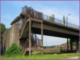 """<font color=""""red""""><font size=""""+1""""> Vestiges du pont de Vivegnis canal-Albert côté Hermalle-sous-Argenteau. En fait, c est un pont qui fut détruit dans les années 80 (écroulé 14 août 1985) suite à l explosion d une conduite de gaz qui passait en dessous . .</font></font>"""